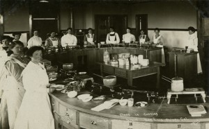 Cal Poly students in Cooking Laboratory, circa 1907 (Aston Postcard Collection, University Archives, UA-PC-Aston-135)
