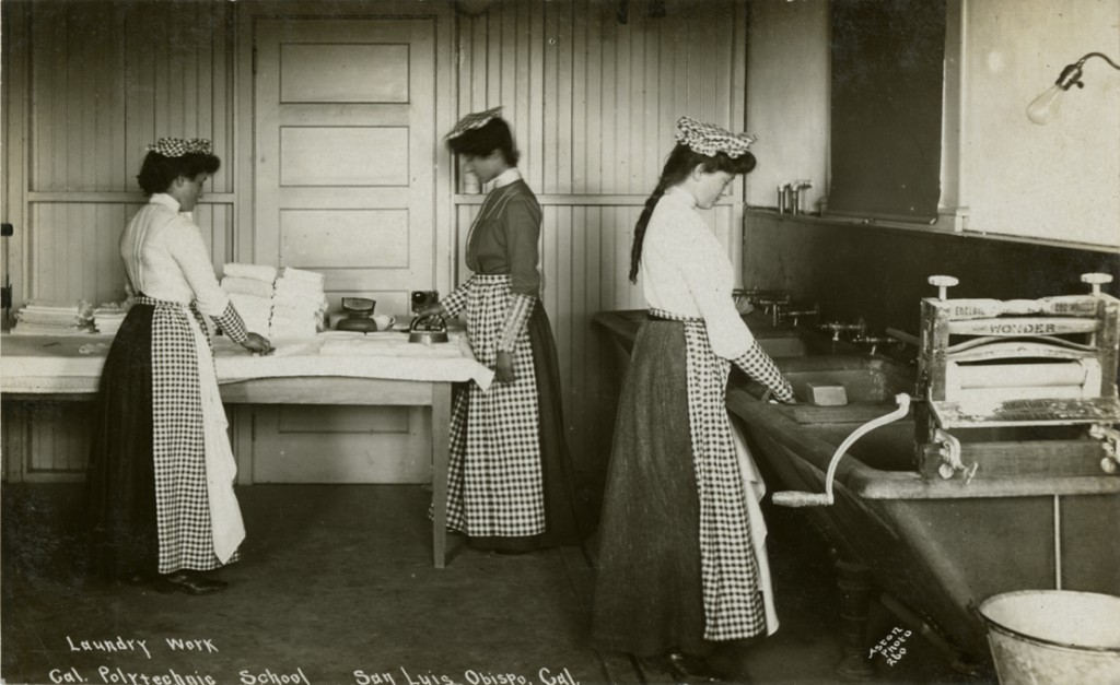 "Women students doing ""laundry work,"" circa 1904 (Aston Postcard Collection, University Archives, UA-PC-Aston-202)"