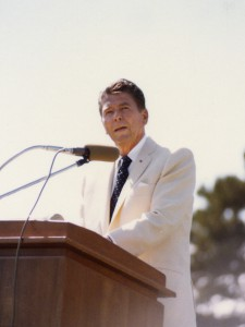 Ronald Reagan delivers the 1974 Cal Poly commencement address. (University Archives Photo Collection, University Archives, California Polytechnic State University, ua-pho_00000969)