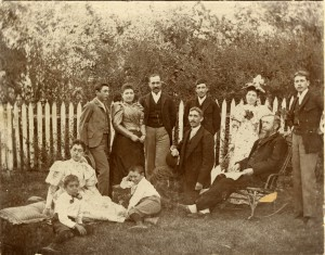 The Sinsheimer Family, circa 1893 (Sinsheimer Collection, Special Collections and Archives, California Polytechnic State University, 036-8-05-122-05-01)
