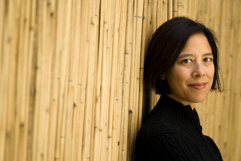 Susan Choi portrait01-2